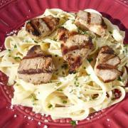 Fettuccine Alfredo w/Balsamic Chicken Medallions (Gluten-Free Option)