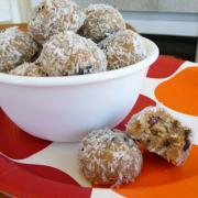 New Raw Cookie Recipe with Honey Pacifica!