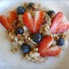 Honey Cream & Berries Oatmeal – Special Guest Post at Honey Pacifica!
