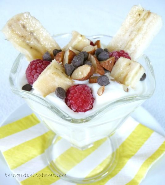 Yogurt Banana Splits (GF)