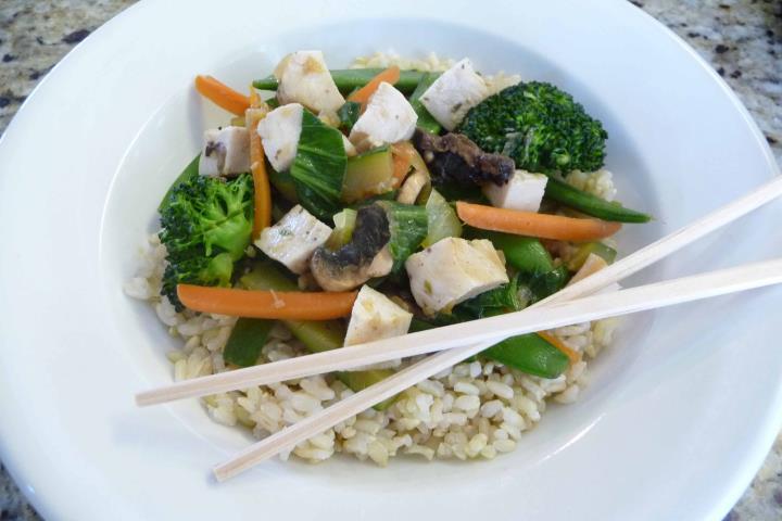 Quick & Easy Veggie Stirfry (Gluten-Free)