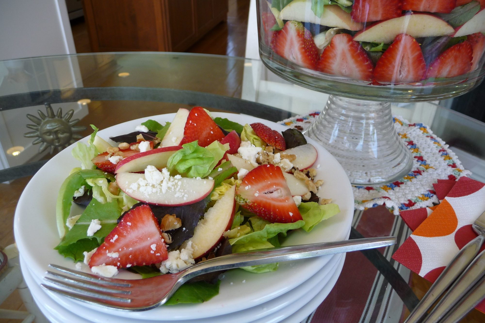 Strawberry Feta Salad (GF) - The Nourishing Home