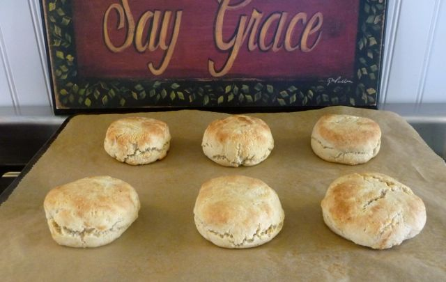 Southern Style Almond Flour Biscuits ... these will take you back to your childhood! They are as good and grandma's biscuits.