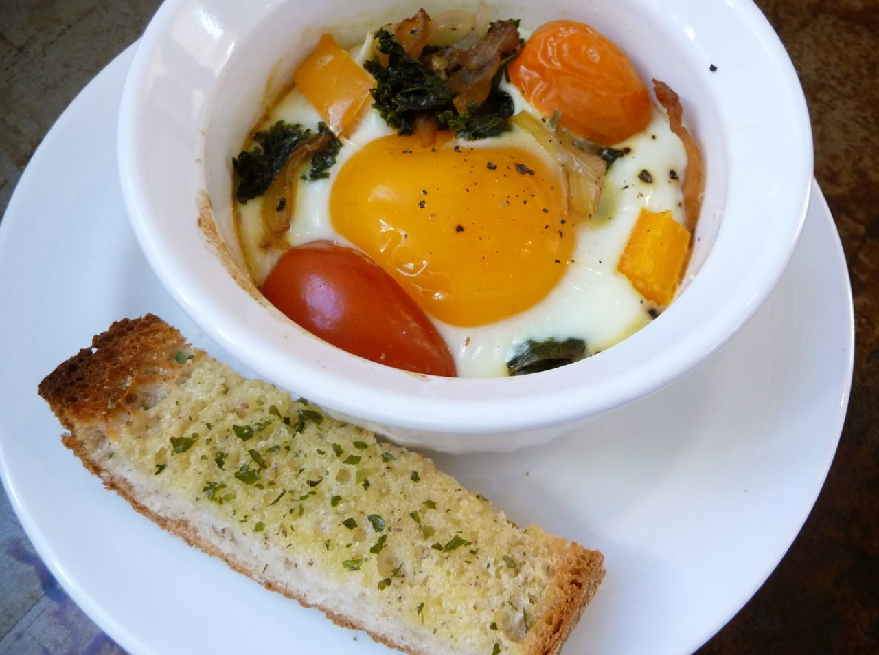 Baked Eggs w:Garlic Toast