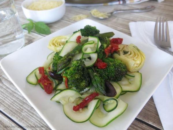 Veggie Saute wZoodles CloseUp